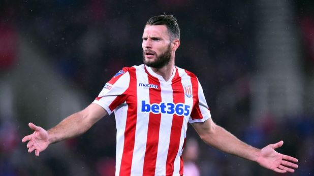 Erik Pieters is a dobut for Stoke