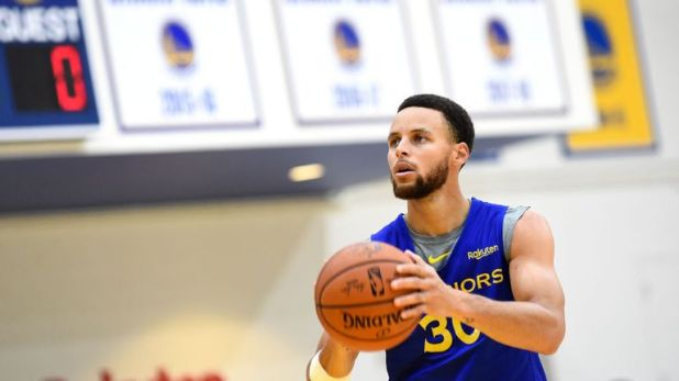 Stephen Curry missed nearly six weeks of last season with a knee injury