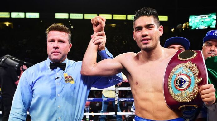 The undefeated WBO Super Middleweight Champion, Gilberto Ramirez, will rise to £ 175 for the first time against Tommy Karpency in Staples Center