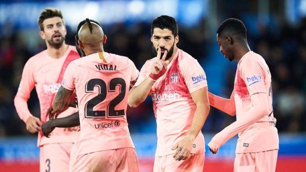 Luis Suarez scored a 60th-minute penalty