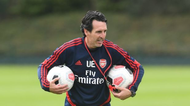 Unai Emery says he held a player meeting on Friday morning to decide the club captain