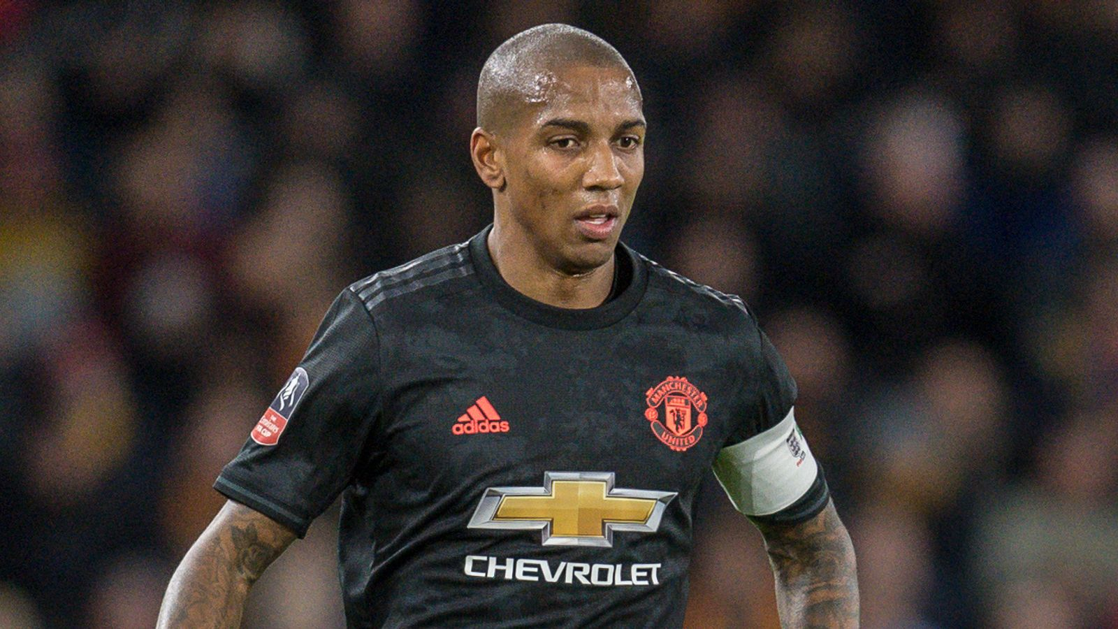 Ashley Young: Inter signs Manchester United defender with an initial six-month deal | Football news