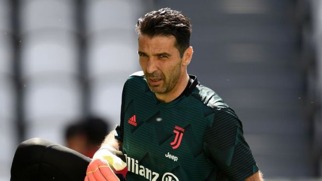 Gianluigi Buffon made a record 648th Serie A appearance for Juventus