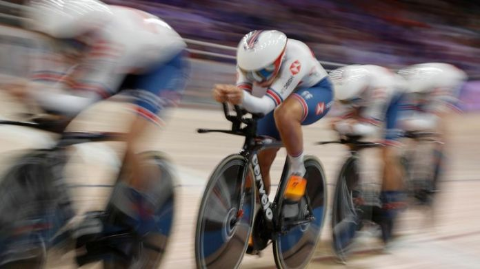 Great Britain's women's team pursuit squad will face Italy for gold at the European Track Cycling Championships