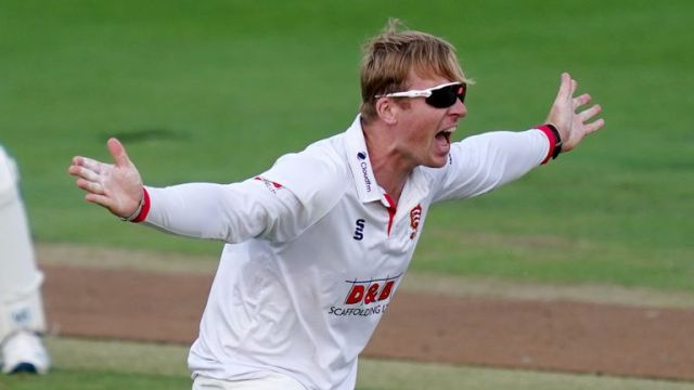 Simon Harmer played five Tests for South Africa in 2015 but is unsure whether he will play for his county again
