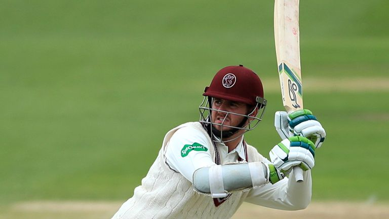 Steven Davies top-scored with an unbeaten 44 as Somerset completed their second four-wicket win against Middlesex this season