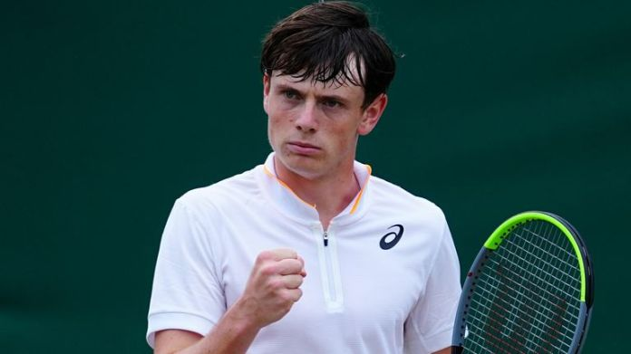 Pinnington Jones recently signed up to Andy Murray's 77 Sports Management