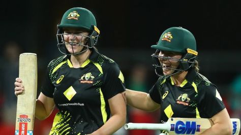 Tahlia McGrath scored an unbeaten 42 to get Australia over the line and seal the T20 series