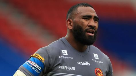 Samisoni Langi has opted not to join Wakefield and will remain with Catalans Dragons for the 2022 Super League season