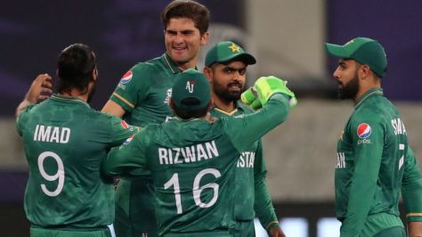 Shaheen Afridi's searing opening spell included the dismissals of Rohit Sharma (0) and KL Rahul (3)