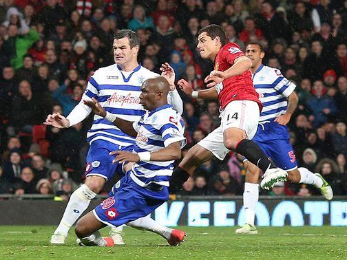 QPR defense beat by Chicharito