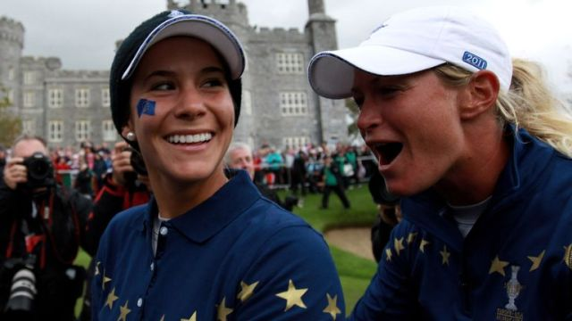 Azahara Munoz and Suzann Pettersen celebrate Europe's dramatic 15-13 victory in 2011