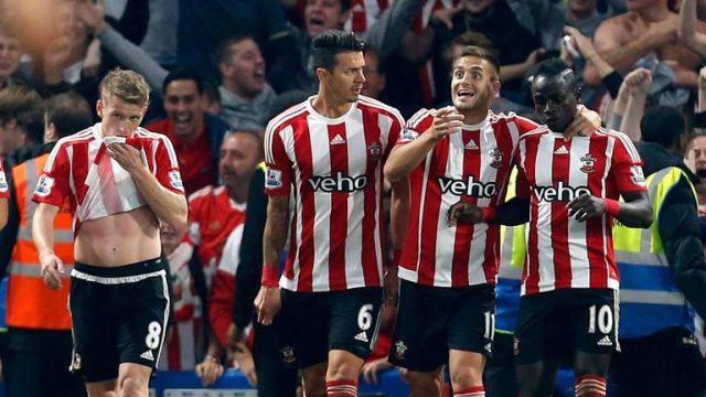 Southampton's Sadio Mane (right) celebrates scoring against Chelsea