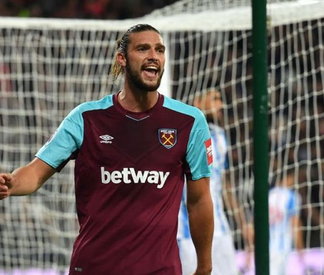 West Hams Andy Carroll Is A Transfer Target For Chelsea
