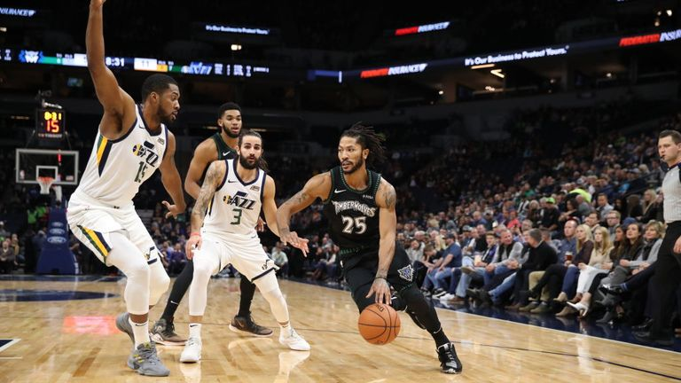 Derrick Rose #25 of the Minnesota Timberwolves shoots the ball against the Utah Jazz on October 31, 2018 at Target Center in Minneapolis, Minnesota.