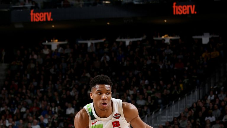 Giannis Antetokounmpo prepares to attack against Detroit