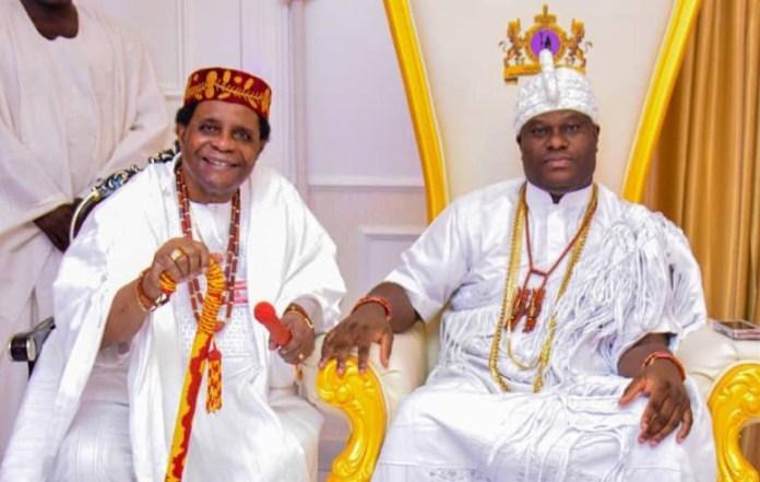 Jagunmolu of Ikaleland and Ojagbulegun from the source, Prince Dr. Gen. Olu Bajowa, OFR, during his special visit to the palace of 'Arole Oodua', the Ooni of Ife, His Imperial Majesty, Oba Adeyeye Eniitan Ogunwusi, Ojaja II.