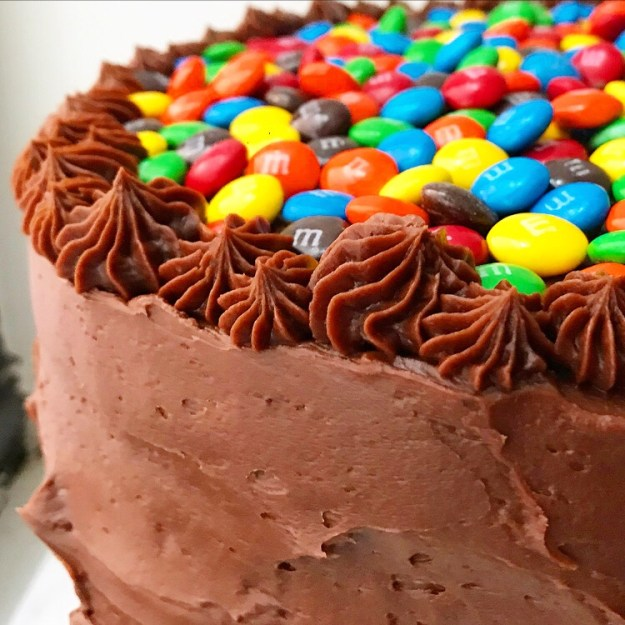 M Ms Surprise Cake E2 Bakes Brooklyn