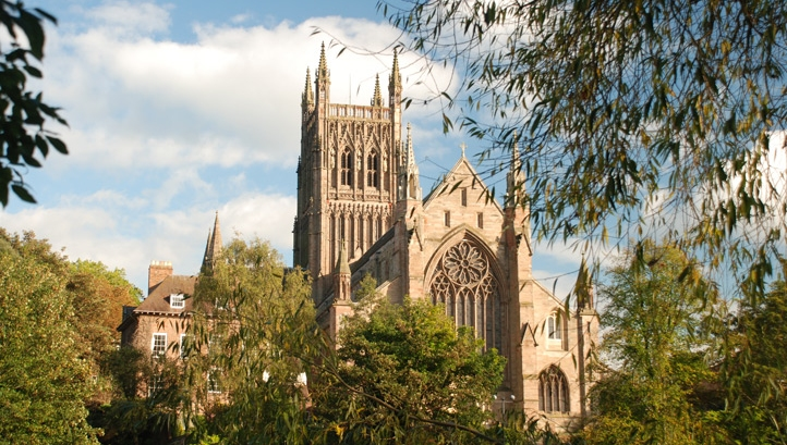 Church of England commits to net-zero emissions by 2030