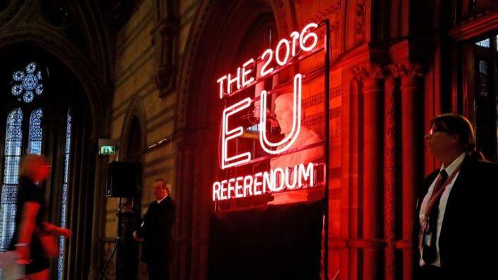 EU Referendum Manchester Town Hall LEAD PIC