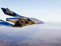 The VSS Unity flying over the Mojave Desert