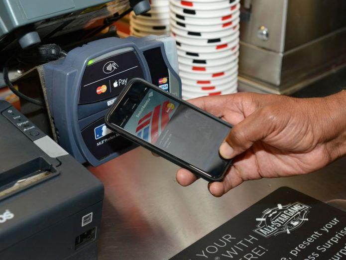 Apple Pay Contactless payment boom means cash is no longer king Contactless payment boom means cash is no longer king 7d0bc2f7e5e29b2d7c3f4a7b31ca1d72fc53d8ac280bd887cdd8193d6c6af920 3897397