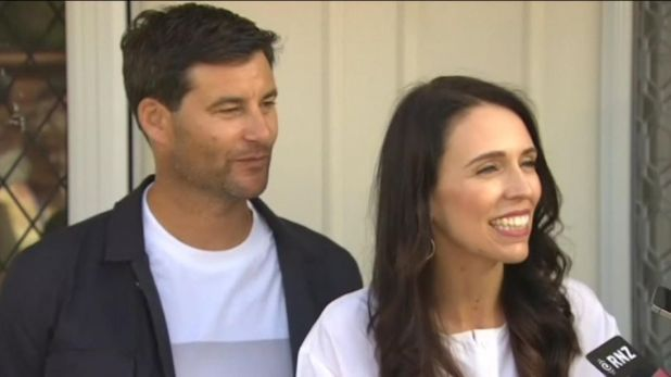 Jacinda Ardern will take six weeks maternity leave after the birth of her child