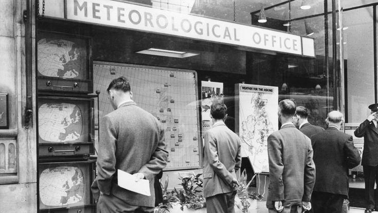28 August 1959: The Met Office in London