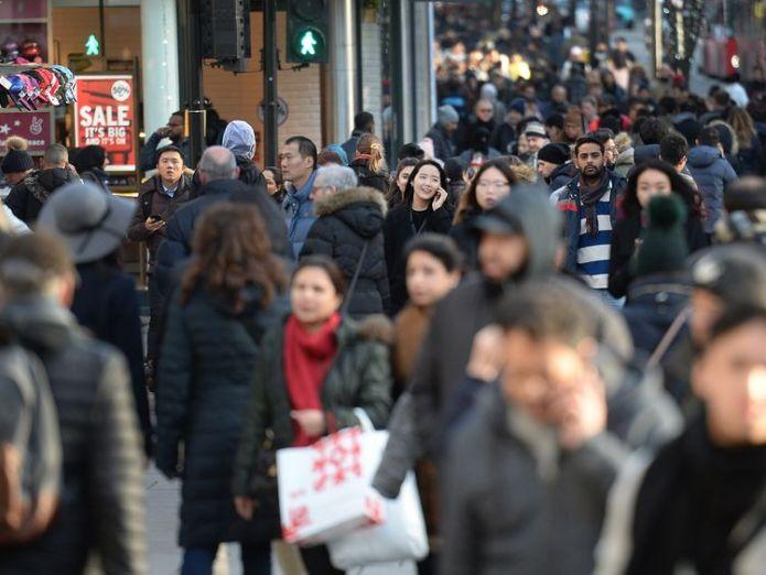 Oxford Street, London  EU immigration to Britain falls to five-year low skynews oxford street london 4225343