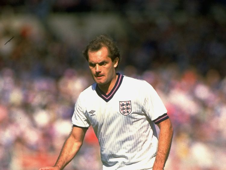 Ray Wilkins playing for England in 1984