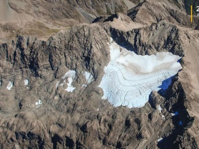 The glacier 40 years later. New Zealand glaciers show 'worst ever' shrinkage New Zealand glaciers show 'worst ever' shrinkage skynews glacier new zealand 4305762