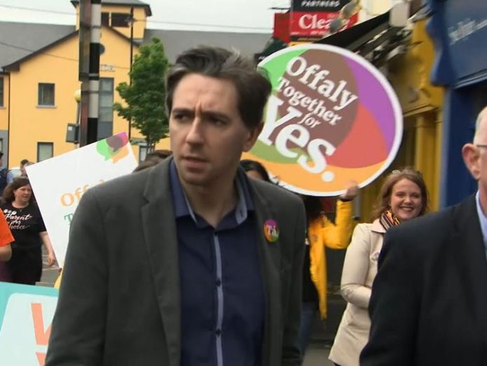 Simon Harris is pushing for a Yes vote on Friday Health minister makes plea amid referendum debate Health minister makes plea amid referendum debate skynews ireland abortion 4317767