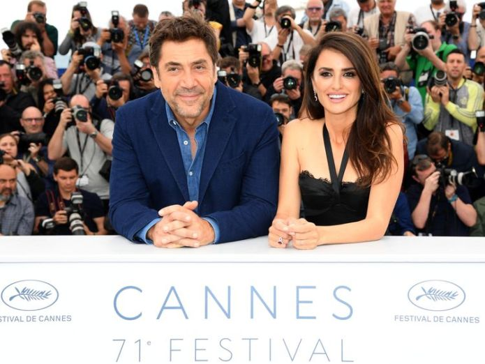 Actor Javier Bardem and actress Penelope Cruz, wearing jewels by Atelier Swarovski Fine Jewelry, attends the photocall for 'Everybody Knows (Todos Lo Saben)' during the 71st annual Cannes Film Festival at Palais des Festivals on May 9, 2018 Bardem wants more action on plastic pollution Bardem wants more action on plastic pollution skynews javier bardem penelope cruz 4311352