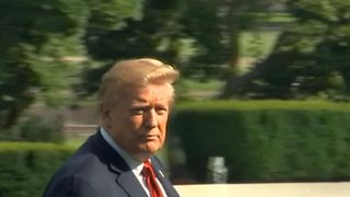 President Donald Trump did not comment to reporters asking about a newspaper shooting which left at least five people dead.  Defiant Capital Gazette puts out 'damn paper' a day after newsroom shooting in Maryland skynews trump newspaper shootings 4348575