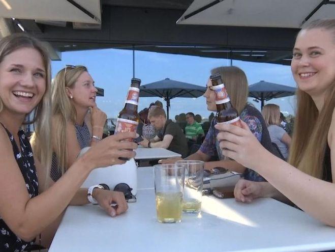 Beer fans cheers the brew in Helsinki