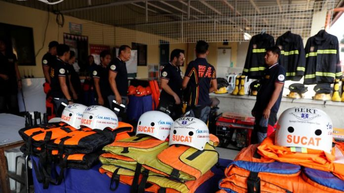 Rescuers on the island of Luzon are ready for the super typhoon's arrival   Typhoon Mangkhut: Storm's path of destruction skynews typhoon mangkhut philippines 4420155