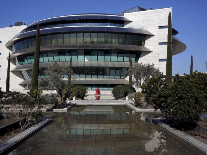 Santander's headquarters are located in Boadilla del Monte in Spain  Santander in surprise talks to buy City broking firm Peel Hunt skynews banco santander headquarters 4424453