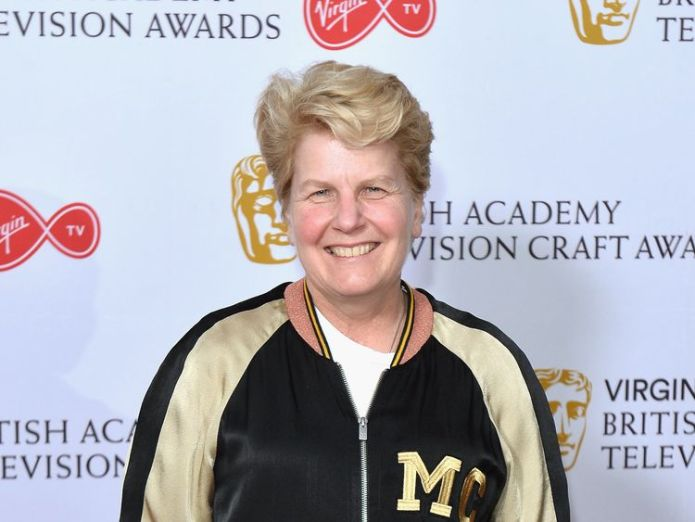 Sandi Toksvig recently revealed she earns 40% less than Stephen Fry did for presenting QI  BBC 'overdid it' with Sir Cliff coverage, director-general admits skynews qi bbc sandi toksvig 4417813