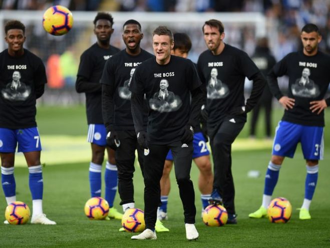 Players warmed up in t-shirts with the chairman's face on them, reading 'The Boss'