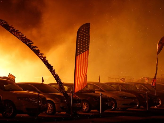 The fire has claimed lives in Paradise, California  At least five people killed in their cars as California wildfires spread and Malibu is evacuated skynews wildfire california 4482088