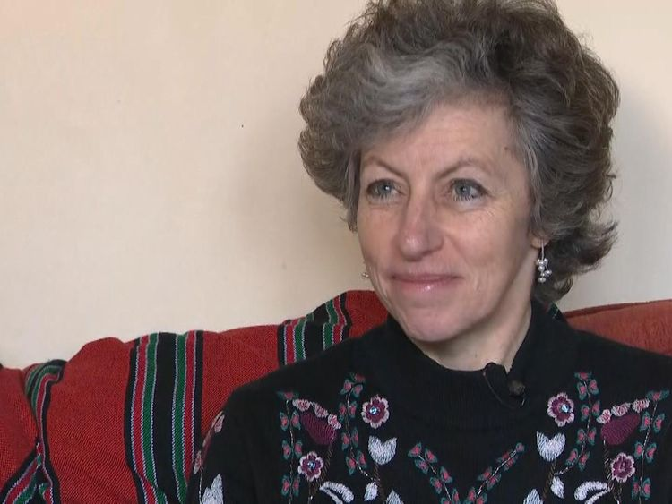 La Dra. Joanna Moncrieff dijo que hay alternativas a la TEC