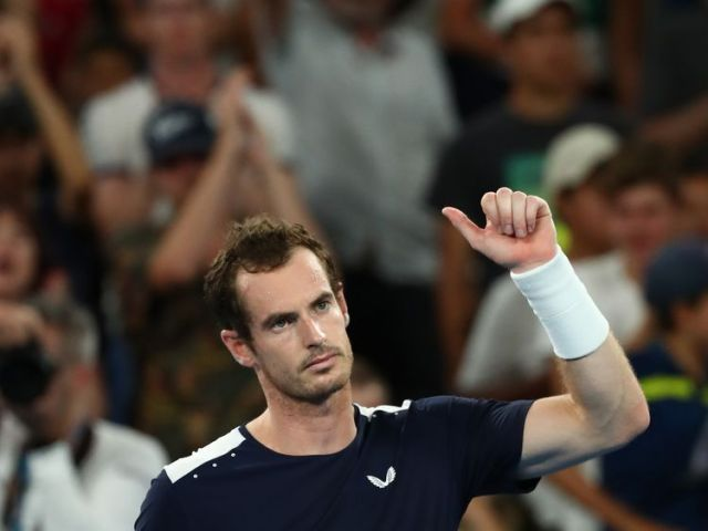 Sir Andy gives a thumbs up after losing in the fifth set