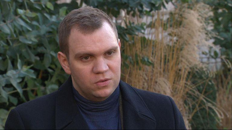 Matthew Hedges wurde von den Vereinigten Arabischen Emiraten wegen Spionageansprüchen inhaftiert, als er für seine Doktorarbeit recherchierte