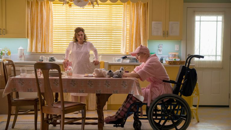 The Act: Dee Dee Blanchard (Patricia Arquette), Gypsy Rose Blanchard (Joey King). Photo by: Brownie Harris / Hulu