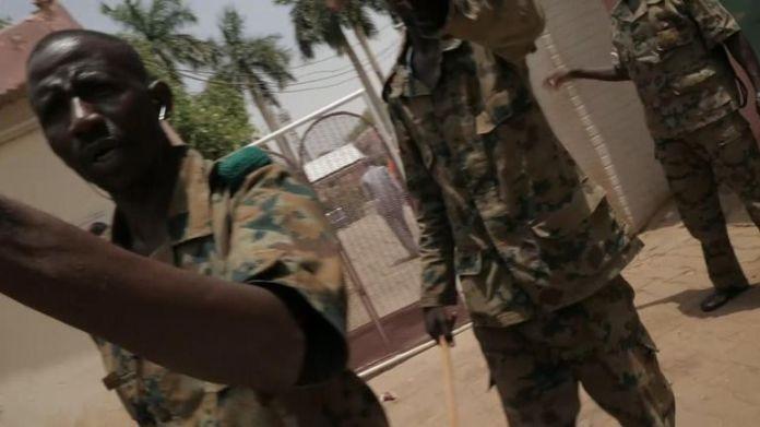 Soldaten blockierten Sky News
