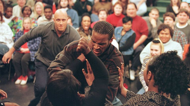A Guest Attacks The Person He Thought Was His Girlfriend And Turned Out To Be A Transexual December 17, 1997 On The Jerry Springer Show In Chicago, Il