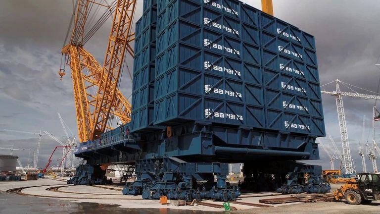 The crane can lift up to 3,000 tonnes. Pic: Sarens