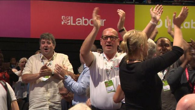 Labour delegates have backed an NEC statement calling for the party to postpone its decision on how to campaign in referendum.