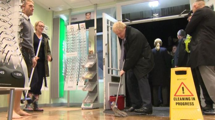 The Prime Minister went to Matlock to see the impact of bad weather and decided to lend a hand for cleaning.