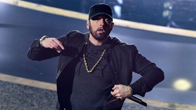 Eminem made a surprise appearance at the Oscars